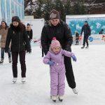 26 советов родителям, как научить ребенка кататься на коньках